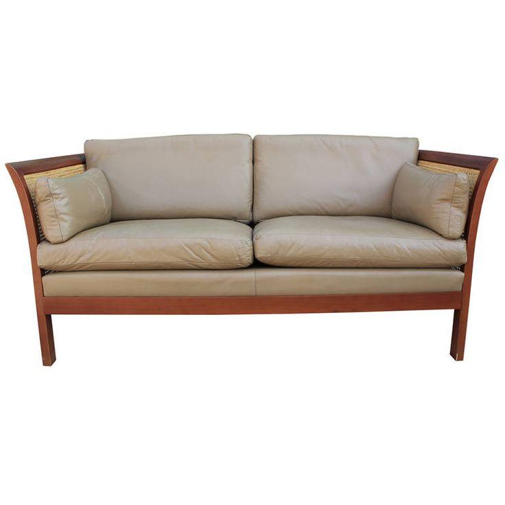 Die besten 25+ Cane sofa Ideen auf Pinterest   Sofa, Rohrmöbel und ...