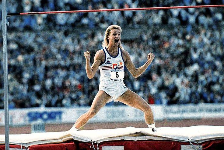patrik Sjöberg   Patrik Sjöberg när han klarade världsrekordhöjden 2 meter 42 cm. 2 silver i höjdhopp vid OS i Los Angeles 1984 och OS i Barcelona 1992 samt ett brons vid OS Seoul 1988. således 3 OS medaljer och ett före detta världsrekord.