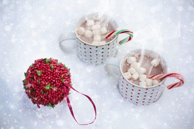 I marshmallow (conosciuti in italiano anche come toffolette o cotone dolce) sono dei cilindretti di zucchero, forma evoluta di un dolce ricavato in origine dalla pianta Althaea officinalis e consumati principalmente negli Stati Uniti. Sono di di colore bianco e morbidi al tatto. Si possono comprare ad un buon prezzo presso #sweetdreams