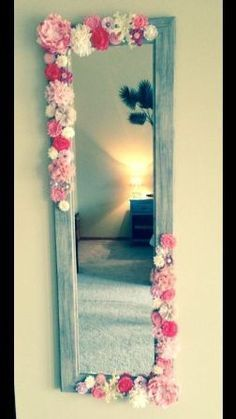 This would be SO cute for the hallway between the girls bedrooms! Except I would do the flowers all the way around.