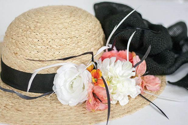 High-society look for low-budget prices. Rock that Kentucky Derby party with a gorgeous hat that you can make in a few simple steps. @Carrie Mcknelly Waller of Dream Green DIY #kentuckyderby