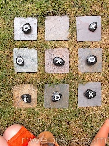 Tic-tac-toe with rocks! | 27 Creative And Inexpensive Ways To Keep Kids Busy This Summer
