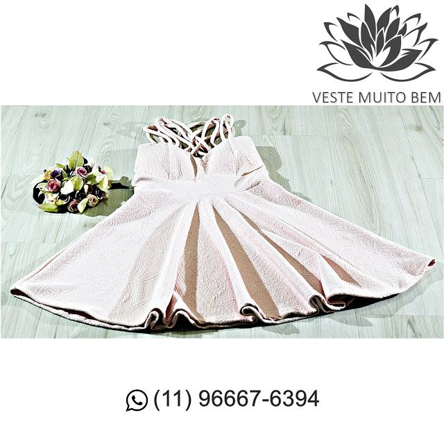 Vestido de Jacquard Godê com detalhe no ombro R$ 9900 (somente loja física) #vestemuitobem #moda #modafeminina #modaparameninas #estilo #roupas #lookdodia #roupasfemininas #tendência #beleza #bonita #gata #linda #elegant #elegance #jardimavelino