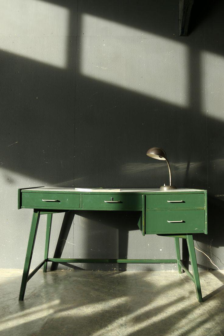 Bureau – Pagina 2 – Dehuiszwaluw
