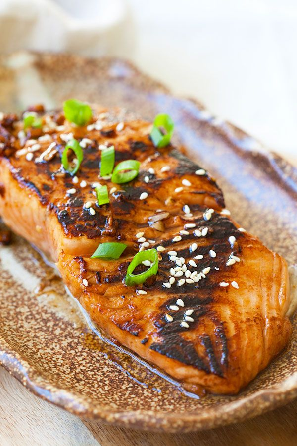 """Sweet & Spicy Sriracha-Glazed Salmon from the cookbook """"The Skinnytaste Cookbook."""" Easy, spicy, sweet, and savory, this glazed salmon recipe is awesome."""