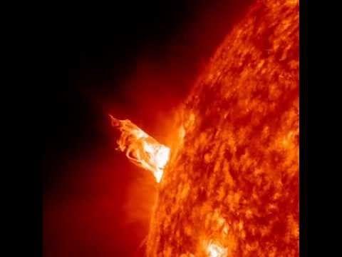 NASA SDO - Solar Ballet (Dec 31, 2012)