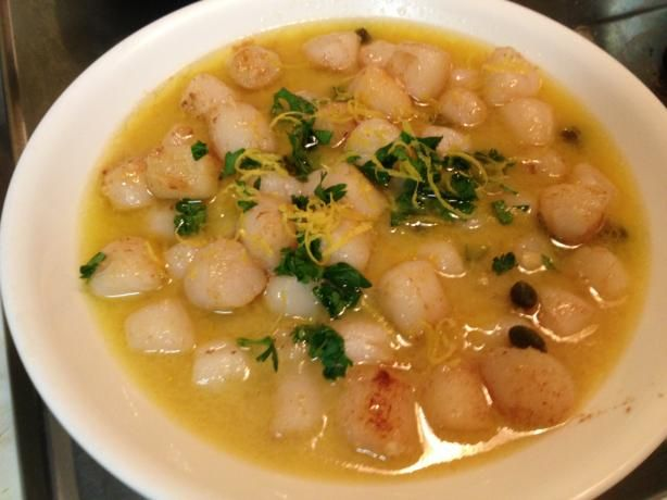 Bay Scallops Scampi-going scalloping in a few week. I will serve this recipe over pasta.