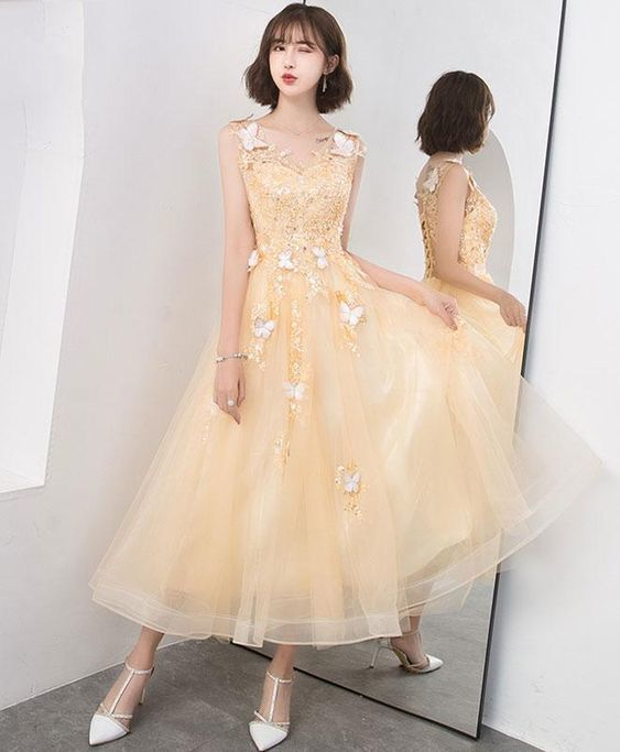 Champagne lace tulle short prom dress a2cff532b3f6