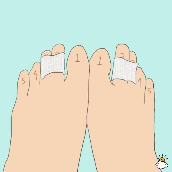 De meeste mensen zijn de hele dag op de been. Onze voeten zitten afschuwelijk lang in onze schoenen gevangen. Voor diegenen die op zoek zijn naar eenvoudige manieren om je voeten te ontspannen en je schoenen altijd in topconditie te houden, hebben we de de ideale oplossing. In de onderstaande exclusieve...