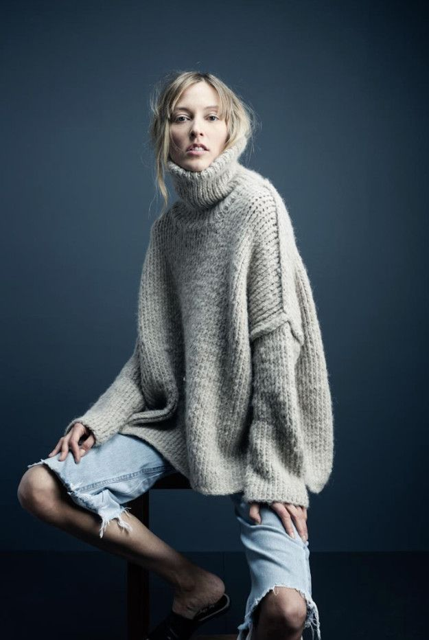 Hobo look with giant turtleneck. Love it.                                                                                                                                                     More