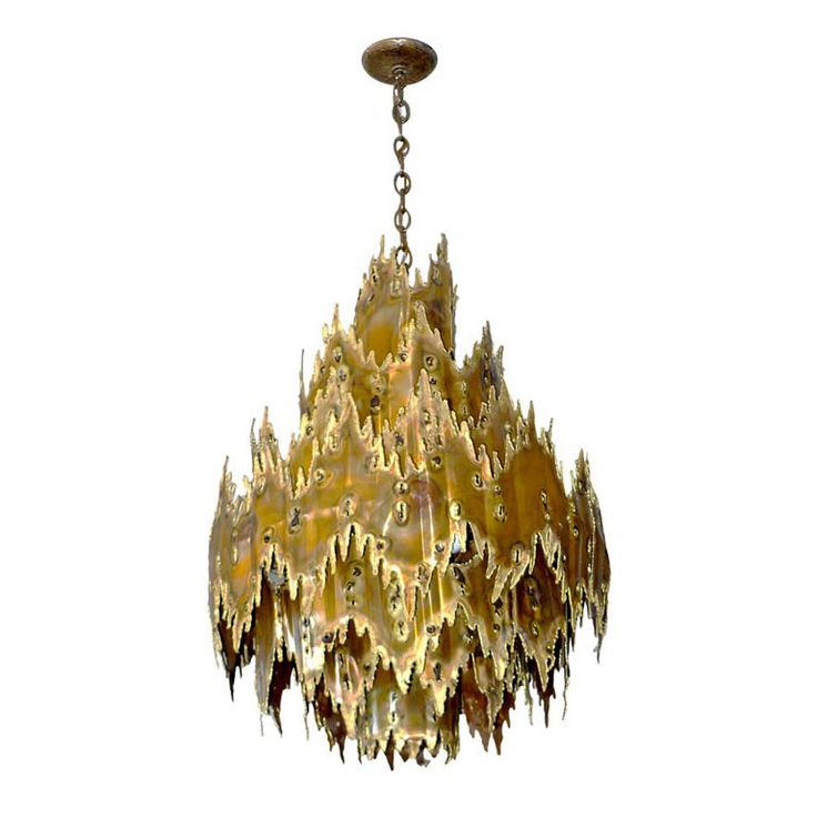 Scout Designs Eclectic Interiors Re Define The Possibilities Of Mixing Modern With Traditional Chandelier