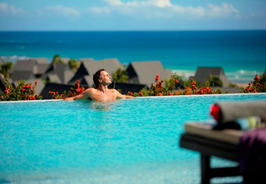 Club Inter Continental Pool #fiji #Holiday #Packages
