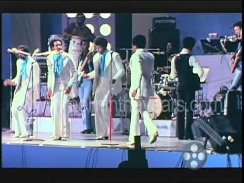 """The Temptations- """"Papa Was A Rollin' Stone"""" 1972 (Reelin' In The Years A..."""