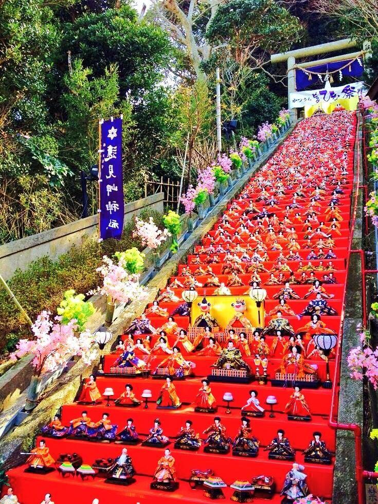 千葉勝浦のビッグ雛祭りは