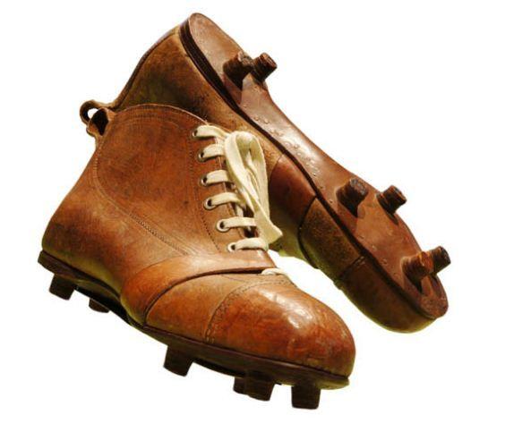 Old football boots - Claymoor`s List