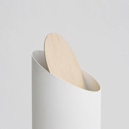 "Minimal sculptural items  by Shigeichiro Takeuchi  ""Japanese designer Shigeichiro Takeuchi of shigeichiro studio has designed a minimal rubbish bin and a shoehorn."""