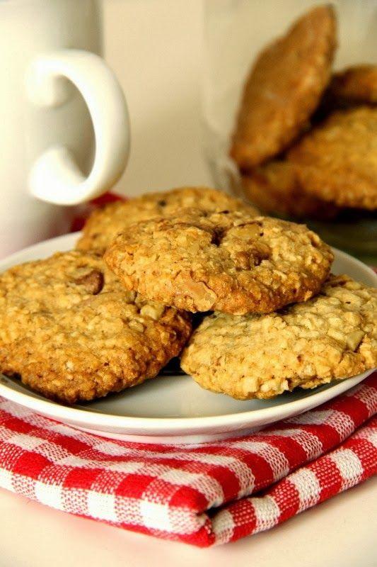 Crispy Biscuits : Owsiane ciasteczka z orzechami