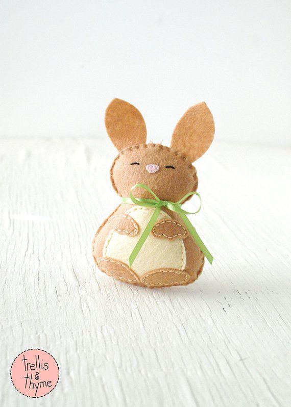 PDF Pattern - Little Bunny, Woodland Felt Ornament Pattern, Felt Softie Pattern, Felt Rabbit Plushie Pattern