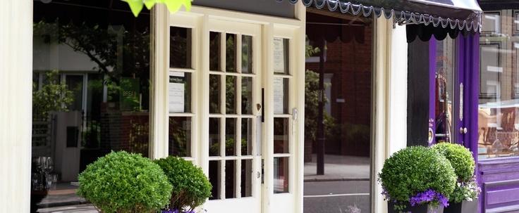 #FoxtrotOscar _exterior #london