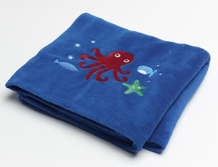 'Sea Creatures' Octopus Blanket from the matching bed linen range #octopus #blanket #kidsbedding #kidsroom #boysroom
