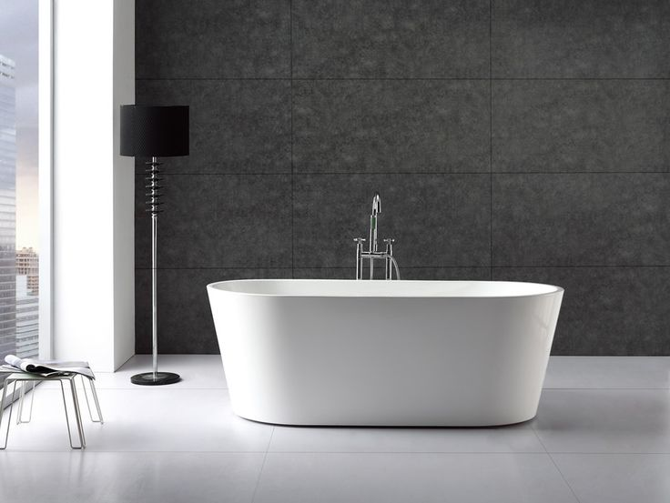 Charming Freestanding Bath - SI