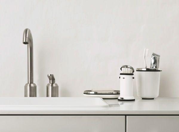 En stor hink blir en miniatyr ‹ Dansk inredning och design