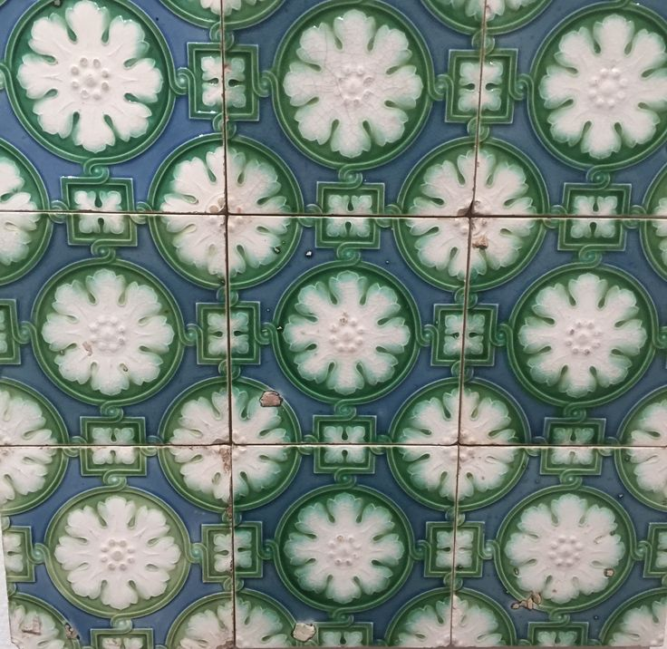 Beautiful azulejos at Museum do Azulejo in Lisboa.  http://www.museudoazulejo.pt/
