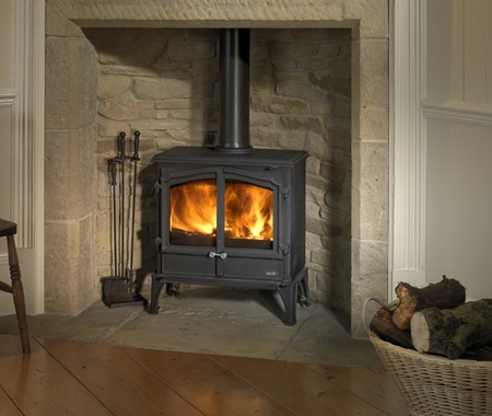 Wood Burning stove: love the stone recess