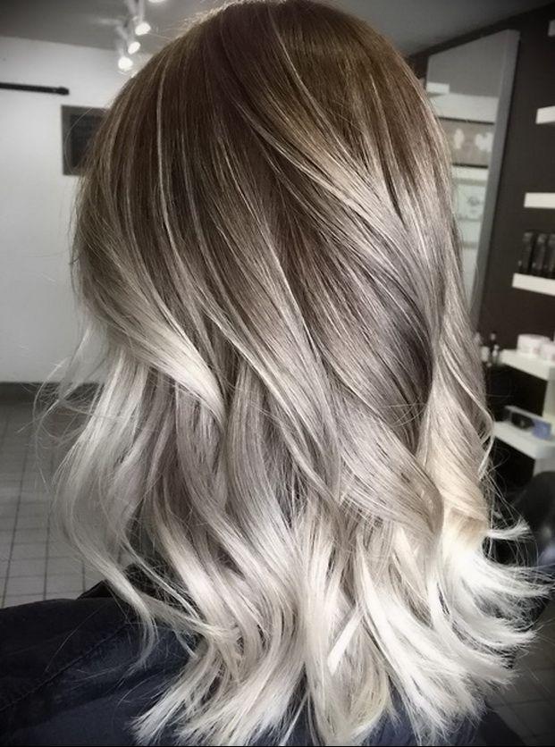 Balayage Blond Platine Sur Châtain