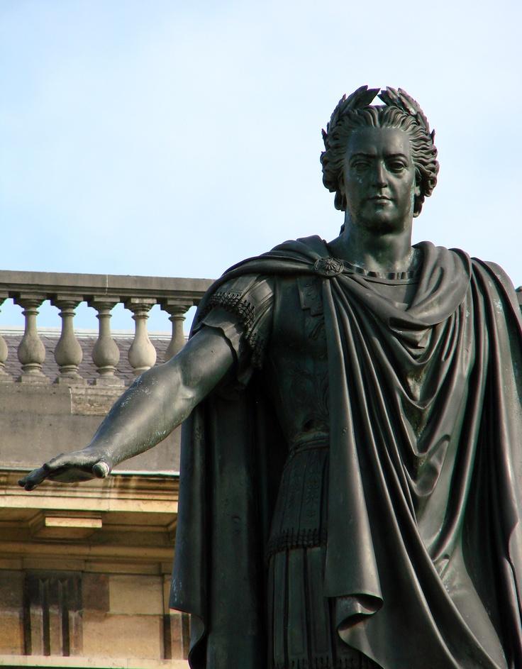 Louis XV statue Place Royal Reims