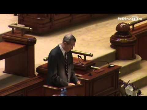 DEMNITATE. Imagini, momentul in care Regele Mihai a REFUZAT sa dea mana cu Iliescu - VIDEO - Aktual24