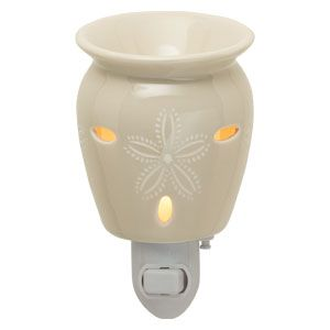 Candle Cost Comparison: Scentsy vs. Yankee (Giveaway!) | Hillbilly Housewife