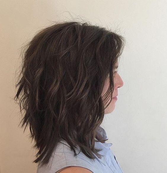 15 Trendy Und Chic Medium Layered Haarschnitte