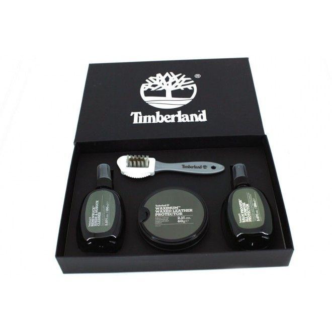 Timberland Product Care Gift Kit A1HZO000 Este es el Kit perfecto para el cuidado y mantenimiento del calzado y artículos de piel, ante y nobuck. Este pack contiene artículos con los que podremos limpiar y mantener como nuevos nuestro calzado favorito. Elegante estuche, es una gran idea para regalo.