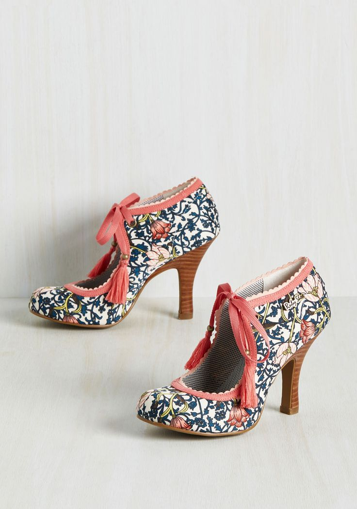 18 Beste scarpe images on on on Pinterest   Low heels, Short heels and Bling 347152