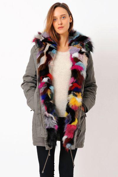 Manteau femme, automne-hiver 2015-2016. Parka doublure fourrure de renard multicolore Vlorati, Sud Express, 369 euros.