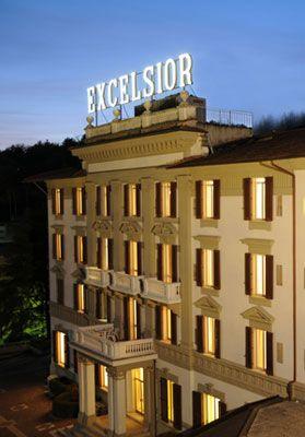Il Grand Hotel Excelsior a Chianciano Terme, in originario stile liberty, ha avuto un primo ampliamento negli anni '60.    Nel corso degli anni è stato rinnovato costantemente, fino all'epoca attuale, quando lo stabile ha subito una completa ristrutturazione, per essere uniformato ai nuovi standard qualitativi di un Hotel di lusso.