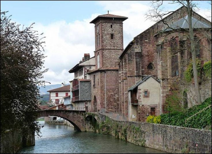 17 best images about le pays basque on pinterest - Train from paris to st jean pied de port ...