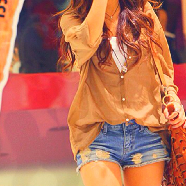 love this outfit: Casual Outfit, Dreams Closet, Summer Outfit, Shirts, Clothing, Buttons, Cute Outfit, Jeans Shorts, Denim Shorts