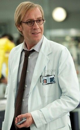 Could you lend me a hand, Dr. Connors?