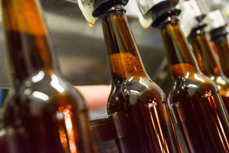 What Goes With Craft Beer? Here's Everything You Need To Know About Eating With Craft Beer