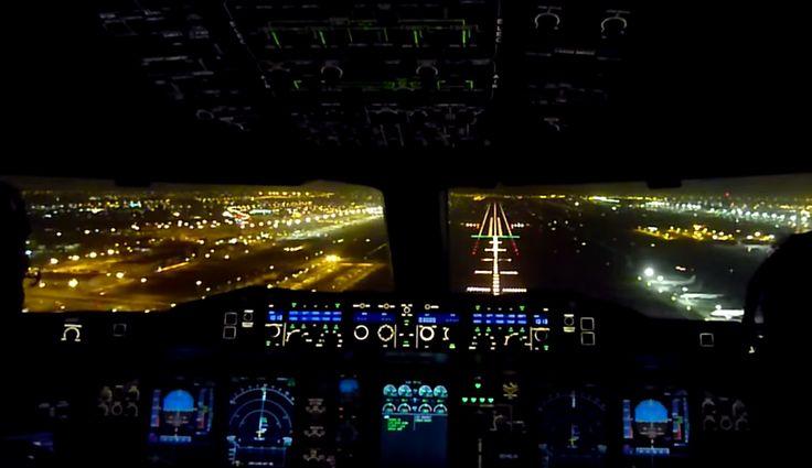 Vedere cockpit A380 Emirates - landing Dubai   Airlines Travel