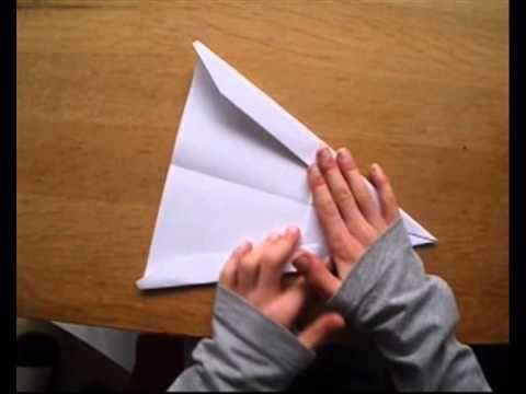 Papieren vliegtuigje vouwen (speciaal)