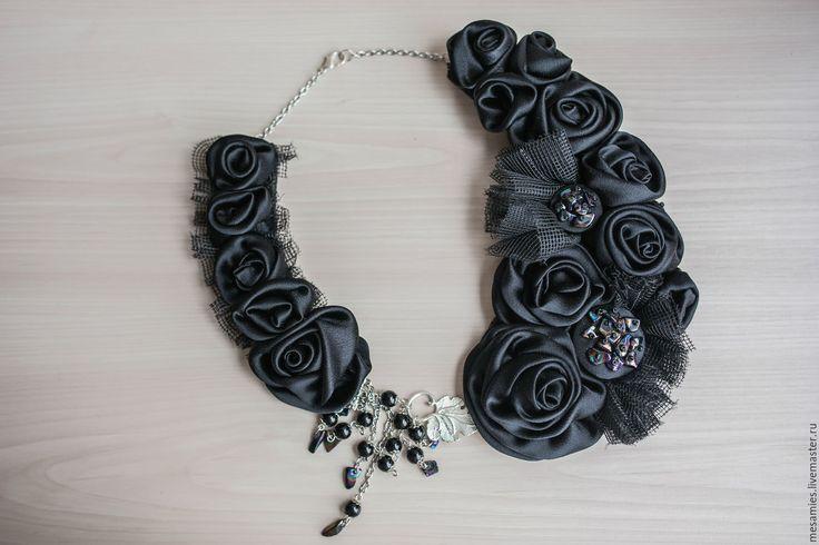Купить Колье из ткани текстиля «Разрисованная вуаль»(The Painted Veil) черный - черный, колье с камнями