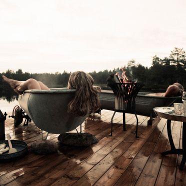 Verpetterend mooi in Noorwegen. Te gekke plek aan een meer in een prachtige omgeving De prijs is inc mountains bikes /ontbijt/lunch en diner , wauw ! Ultiem chillen.   Canvas Hotel Ad…