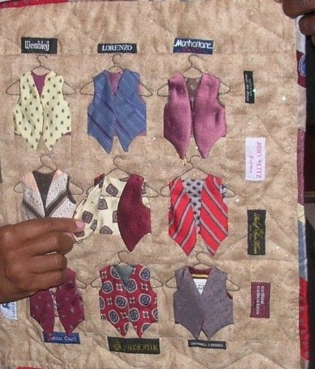 I found this on Facebook at the 24Blocks page. I'm going to try to make a block for the retirement silk tie wallhanging I'm working on for a friend. Wish me luck!