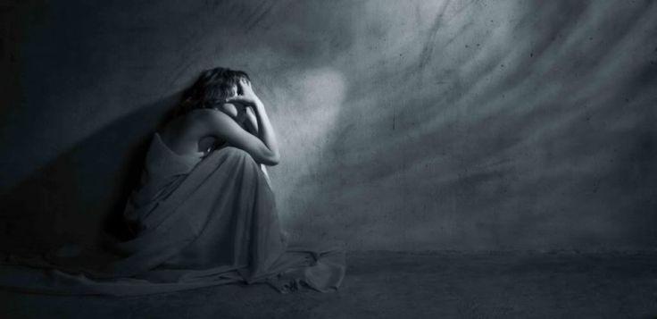 Estimulação cerebral pode ser alternativa a antidepressivos  Buscar um tratamento para o Transtorno Depressivo Maior (TDM), conhecido como depressão, sem uso de remédios. Esse é o objetivo de cientistas da USP que pretendem comparar se a Estimulação Transcraniana por Corrente Contínua (ETCC) e os antidepressivos têm efeitos semelhantes.