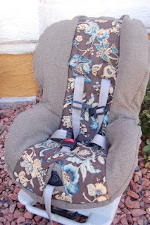 DIY Carseat Cover.. great idea if you need to switch between girl & boy colors