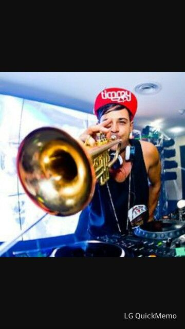 Timmy trumpet<3