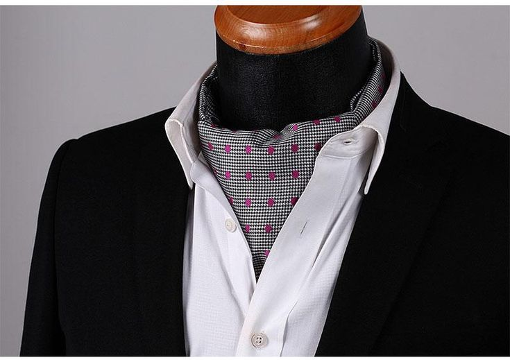Run your Elegance 365 days a year! Elegance is a mindset Ascot Tie - Pink dots - Runit365 your Elegant Men Store  #silk #runit365 #shoes #classy #belt